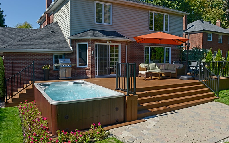 deck n hottub installation, residential deck installer, decking contractor
